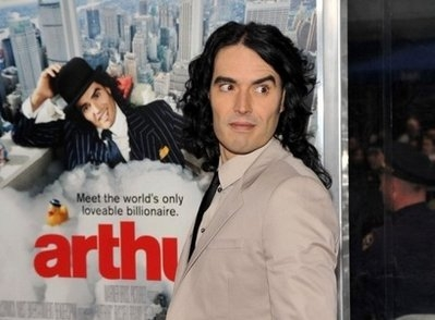 Russell Brand comes of age in 'Arthur' remake